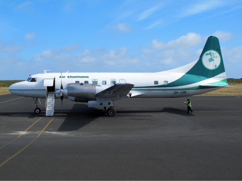 Air_Chathams_Convair_CV-580_Sibille-1