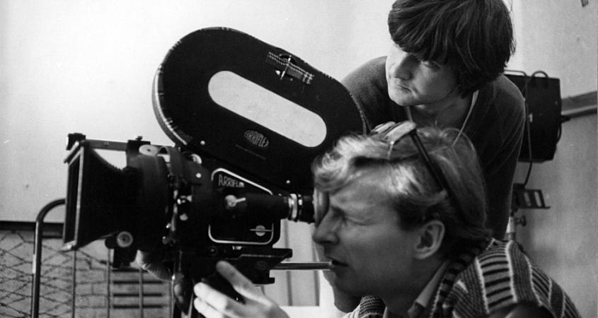 robert_tutak_and_andrzej_adamczak_at_the_national_film_school_in_c581c3b3dc5ba2c_poland2c_1982.jpg